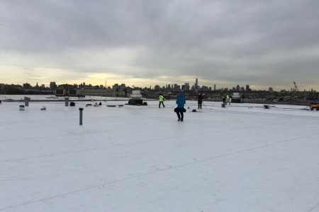 New GAF TPO roofing system for Manhattan Beer Distributors. Queens, New York